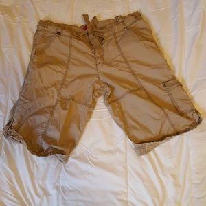 MOSSIMO Khaki Cargo/Bermuda Shorts Size 13